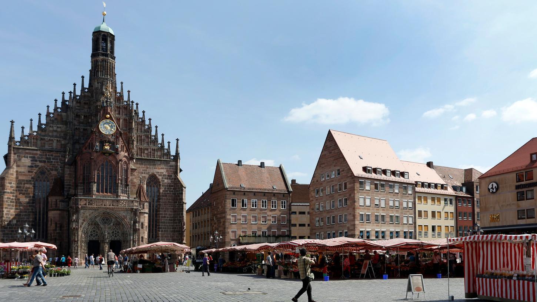 Enttäuscht von der Stadt reagiert der Allgemeine Deutsche Fahrradclub (ADFC) auf die Absage, den Hauptmarkt zur Querung für Radfahrer freizugeben.