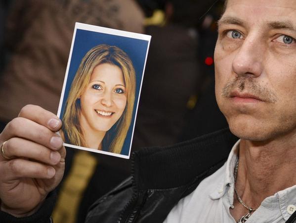 Peggys Vater glaubt nicht, dass seine Tochter tot ist. Er ließ deshalb ein Bild von ihr generieren, das zeigt, wie sie heute aussehen könnte.