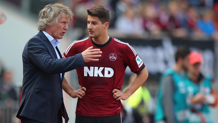 Wurde für Kiyotake in der 68. Minute eingewechselt. Der Youngster der zum dritten Mal in dieser Saison Bundesliga-Luft schnuppern durfte, blieb ohne nennenwerte Aktion. Redaktion: /   kicker: /   User: 4,1 (444 Stimmen)