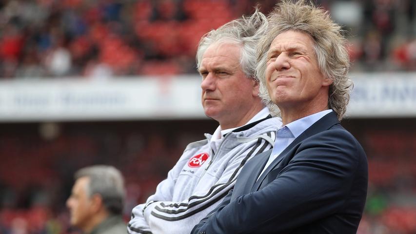 Ein 1:4 gegen Leverkusen am 20. April, bei dem die Mannschaft erste Auflösungserscheinungen zeigte, brachte das Fass für die Verantwortlichen offensichtlich zum Überlaufen. Am Mittwoch zog der Club die Reißleine und setzte Verbeek vor die Tür.