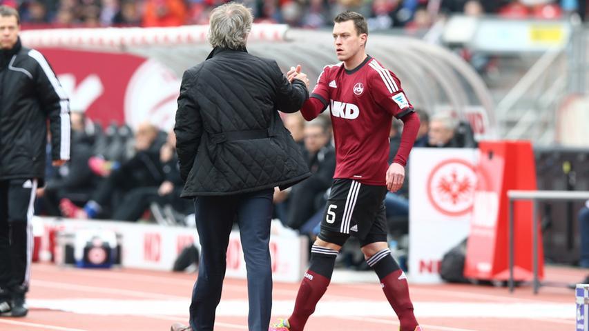 Der unter Michael Wiesinger zur Reserve verbannte Hanno Balitsch kehrte unter Verbeek indes noch vor der Winterpause in den Kader zurück.