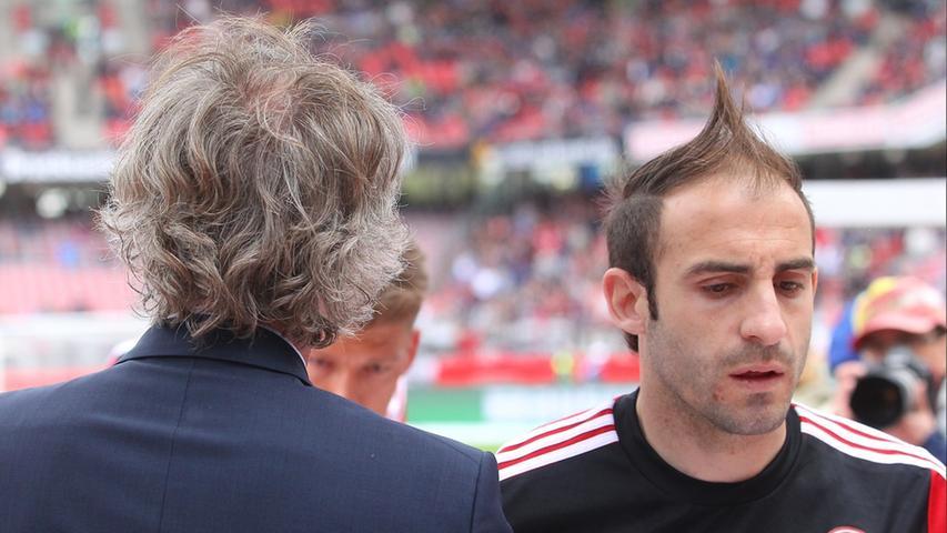 Ein Bild mit Symbolcharakter: Gertjan Verbeek und die Mannschaft des 1. FC Nürnberg sind zuletzt nicht mehr in eine Richtung marschiert. Die jüngste Talfahrt kostet den Niederländer seinen Trainerjob beim Club.