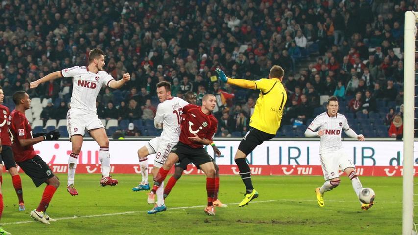Per Nilsson und Hannover, diese Kombination bietet nicht nur Schauderhaftes. Am 16. Spieltag der Abstiegssaison 2013/14 köpft der Schwede zum zwischenzeitlichen 3:0 ein, Nürnberg ist auf der Siegerstraße, der erste Erfolg in der Saison 2013/14 scheint Realität zu werden. Doch...