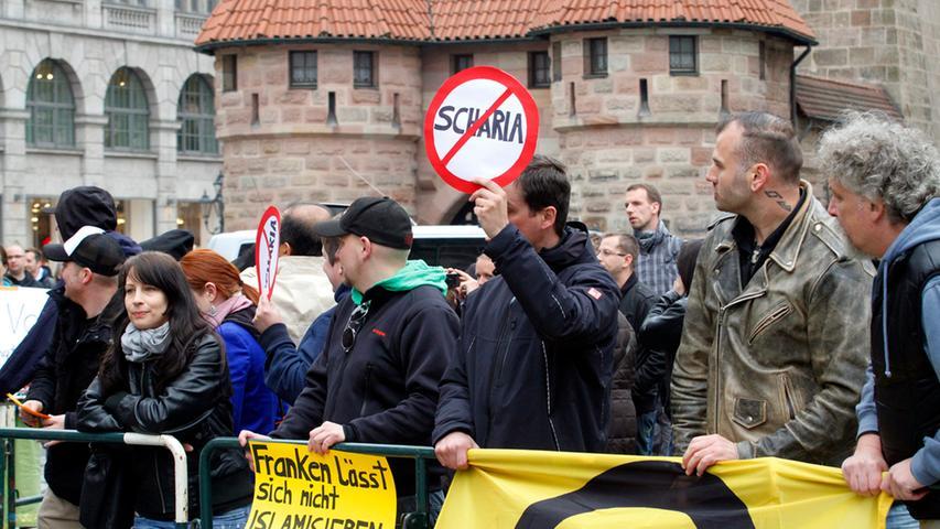 Salafisten am Jakobsplatz: Protest gegen Hassprediger