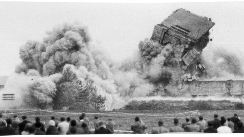 Gigantisch geplant, später gesprengt: Historische Bilder vom Märzfeld