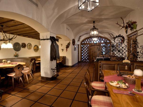 Hotel und Gaststätte zum Erdinger Weißbräu, Erding - Bier by