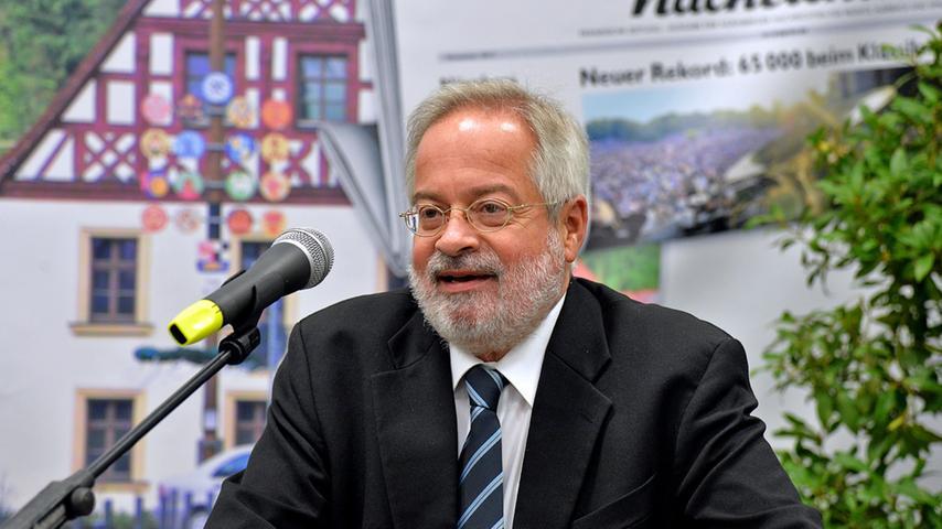 RESSORT: Lokales ..FOTO: Horst Linke ..MOTIV: Pegnitzer Gewerbeschau in der  Christian-Sammet--Halle..Eröffnung, Begrüßßung und Rundgang