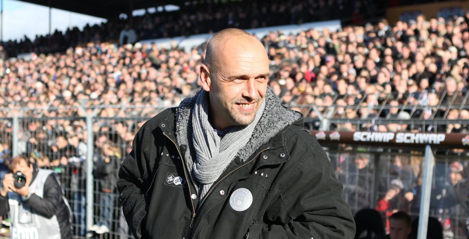 Zurück ins Rampenlicht: Holger Stanislawski beendet scheinbar seine Auszeit.