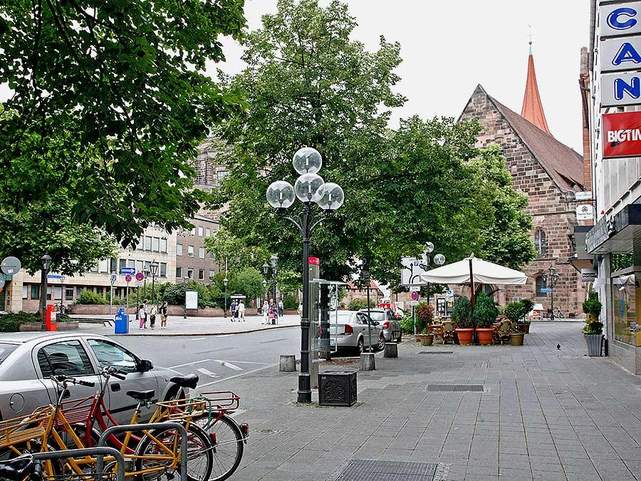 RESSORT: Feuilleton..DATUM: 03.08.08..FOTO: Michael Matejka ..MOTIV: Nürnberg / Jakobsplatz, Luitpoldstraße.
