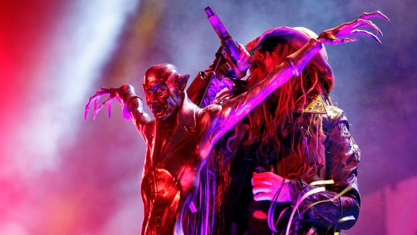 Für viele Besucher war der Auftritt von Rob Zombie am Sonntagabend auf der Alternastage das Highlight des dritten Festivaltages - nicht nur wegen der beeindruckenden Bühnenshow.