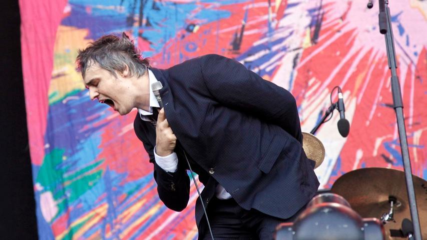 Nachdem Pete Doherty 2012 noch solo am Dutzendteich aufgetreten war, schaute er in diesem Jahr zum bereits dritten Mal mit seiner Indie-Rock-Formation Babyshambles bei Rock im Park vorbei. Am frühen Abend spielten Doherty und Co. unter anderem Titel aus dem aktuellen Album