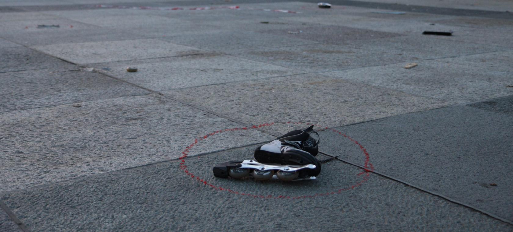 Die 18-Jährige erlag am Unfallort ihren Verletzungen.