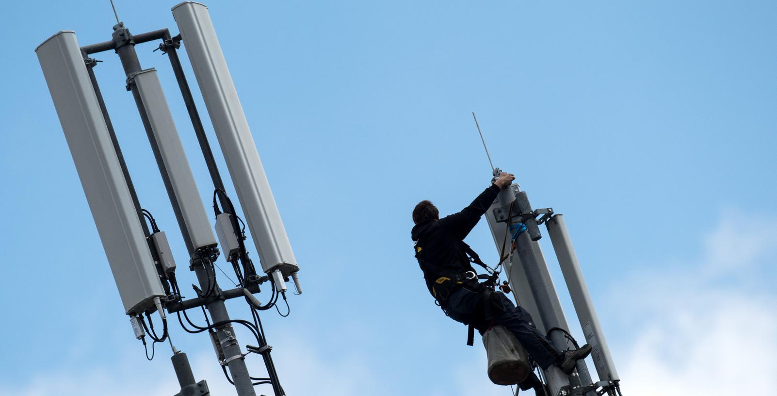 Mobilfunkmasten und andere Signalsender sorgen für eine teils hohe elektromagnetische Strahlung in den Nürnberger Straßen.