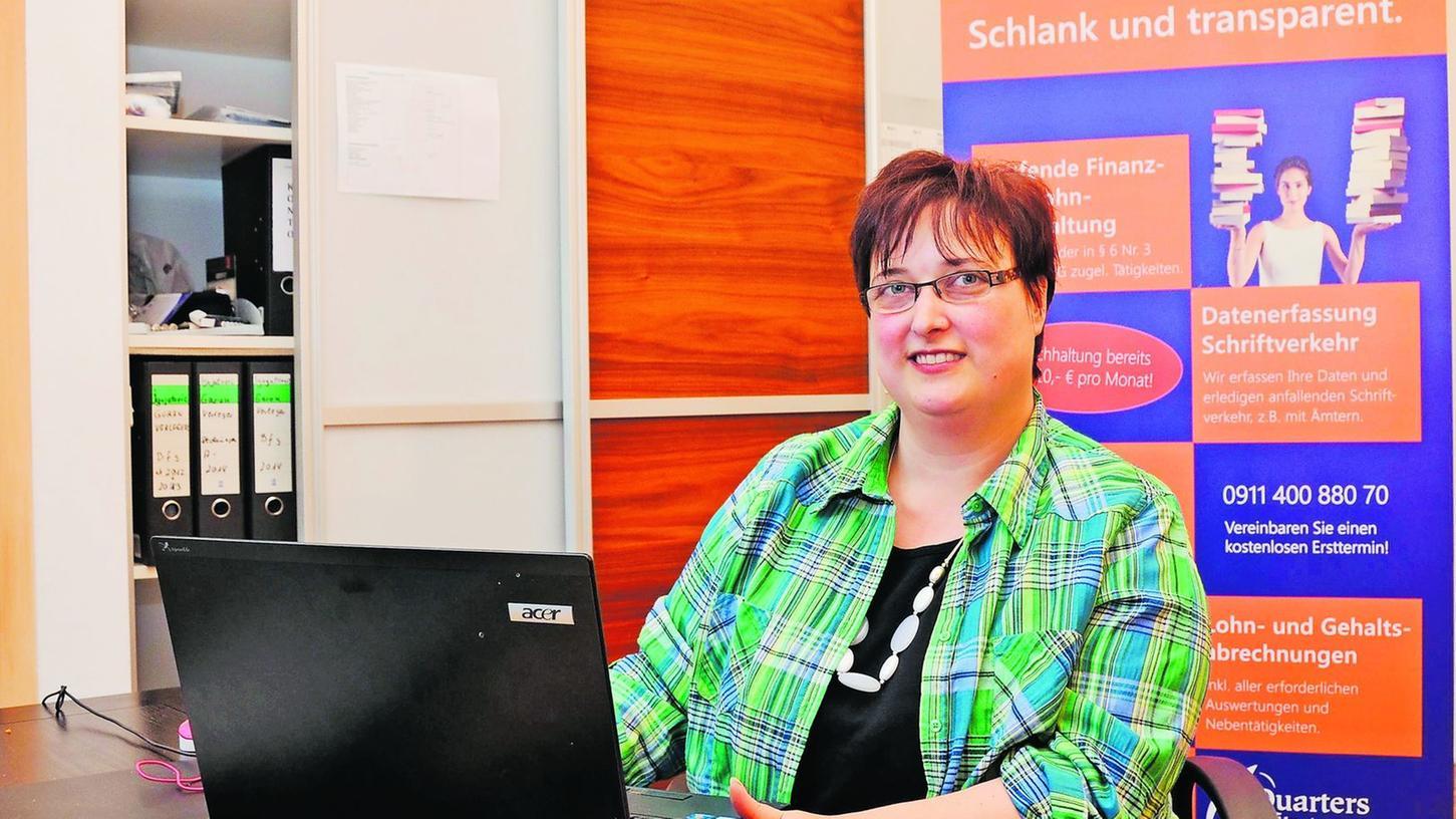 Die Steuerfachangestellte und Gründerin Tamara Fischer.