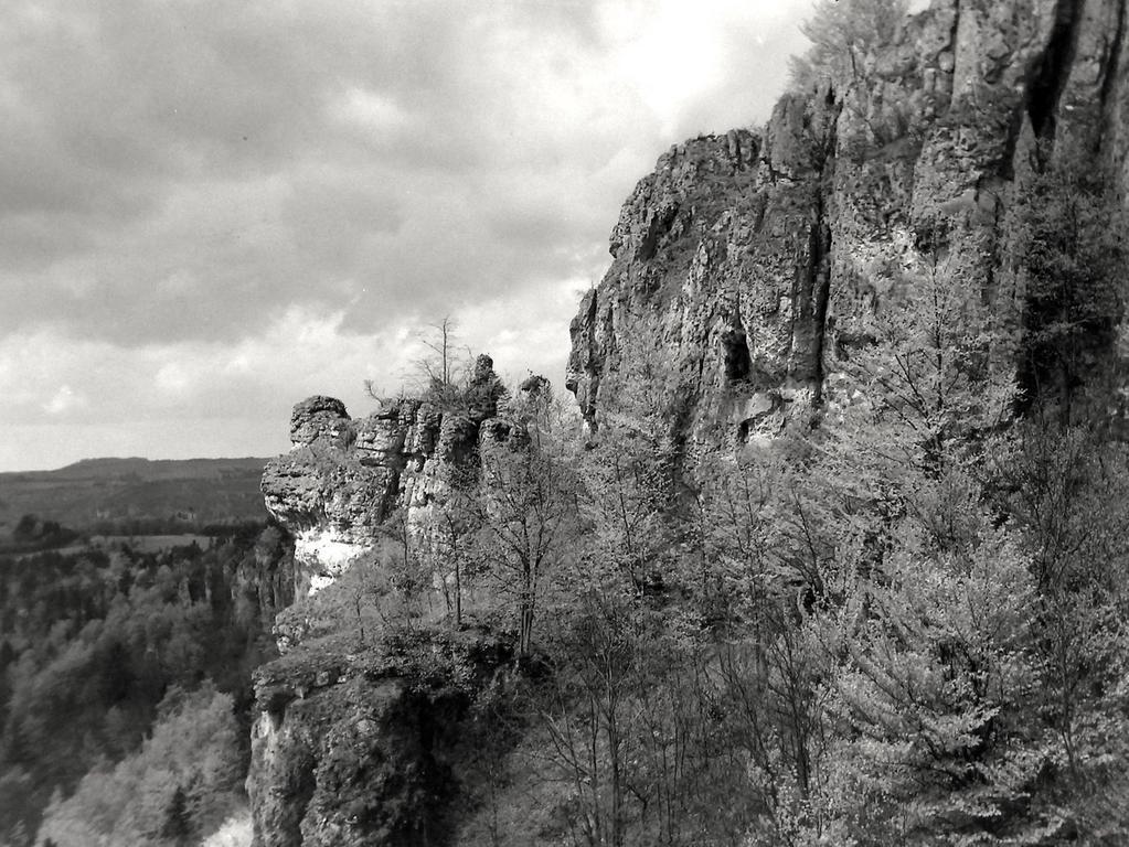 Historisches Foto, aufgenommen von Wilhelm Heinz ca. 1930 in der Fränkischen  Schweiz, digitalisiert von Max Legien hier: Röthelfels