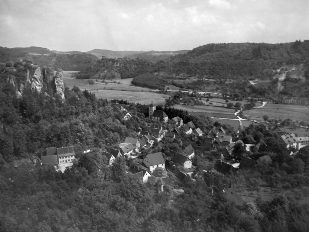 Historisches Foto, aufgenommen von Wilhelm Heinz ca. 1930 in der Fränkischen  Schweiz, digitalisiert von Max Legien hier: Streitberger Tal