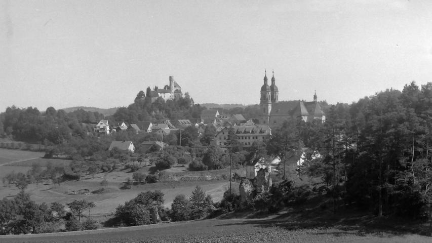 Historisches Foto, aufgenommen von Wilhelm Heinz ca. 1930 in der Fränkischen  Schweiz, digitalisiert von Max Legien Gößweinstein, Basilika und Burg