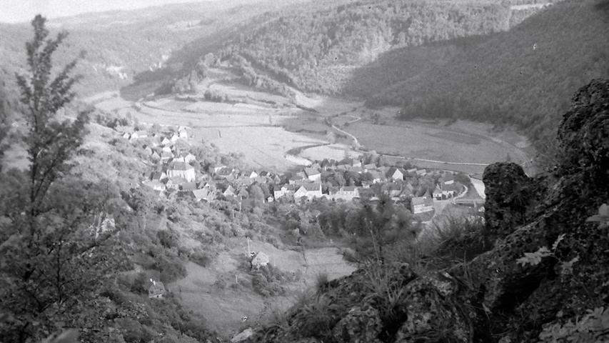 Historisches Foto, aufgenommen von Wilhelm Heinz ca. 1930 in der Fränkischen  Schweiz, digitalisiert von Max Legien  Talblick