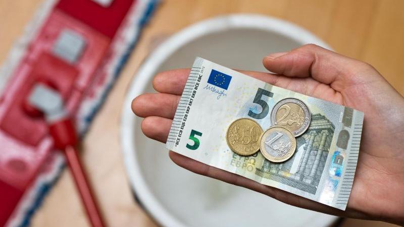 Der Vorstoß der CSU-Fraktion zum Bürokratieabbau in Sachen Mindestlohn wurde vom Nürnberger Stadtrat abgelehnt.
