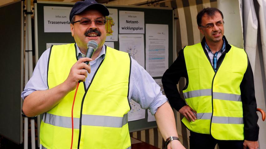 RESSORT: Pegnitz B1a Lokales..FOTO: HvD..MOTIV: Aktionstag der  Monster-Stromtrassen-Gegner in Ottenhof: Die Bürgerinitiative hat ein ganzes  Gallisches Dorf aufgebaut, um dem Widerstand gegen die Trassenpläne ein Gesicht  zu geben, 29. Juni 2014