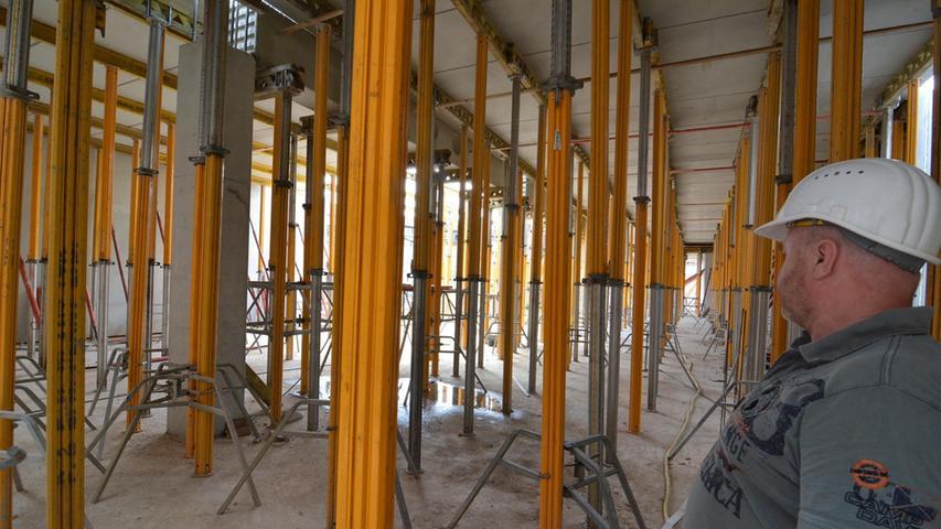 Baustelle Neue Mitte: Die ersten Wände stehen schon