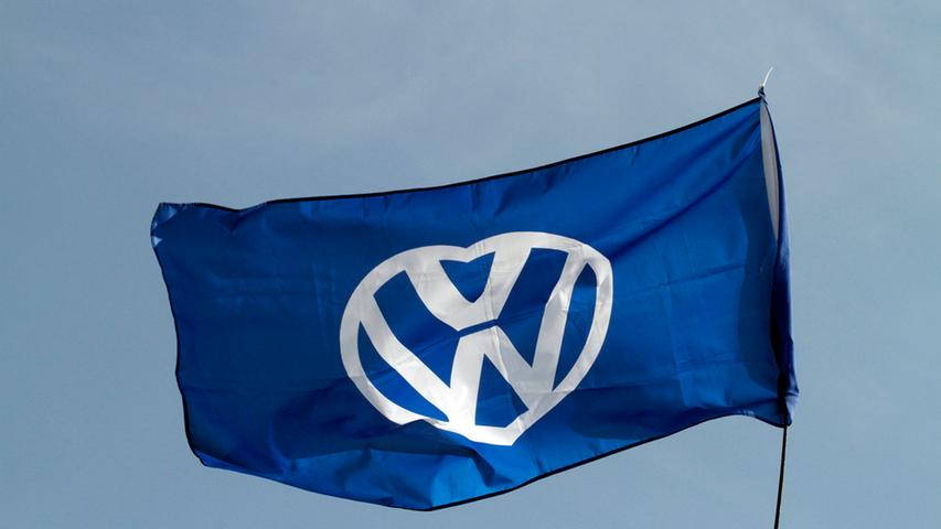 LOKALES FOTO: Eduard Weigert DATUM: 6.7.14..VW Käfertreffen an der Steintribüne