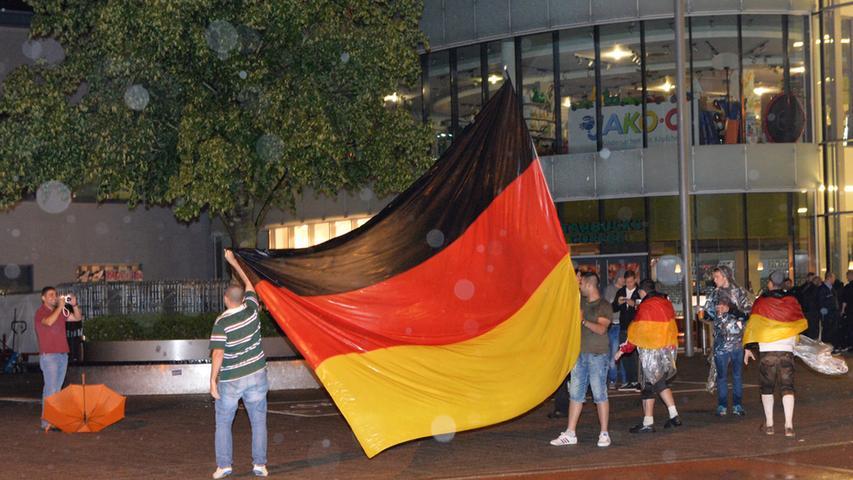 Die Arcaden sind seither ein beliebter Treffpunkt, unter anderem auch zum Public Viewing bei der Fußball-Weltmeisterschaft 2014.