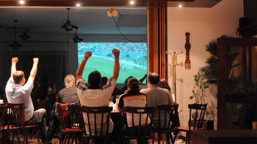 Motiv: Fußballweltmeisterschaft 2014 / Finale / Public Viewing in  Neumarkt..Foto: Wolfgang Fellner