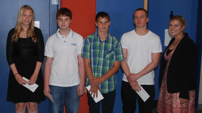 Die besten Absolventen der Liebfrauenhaus-Schule bekamen Buchgutscheine.