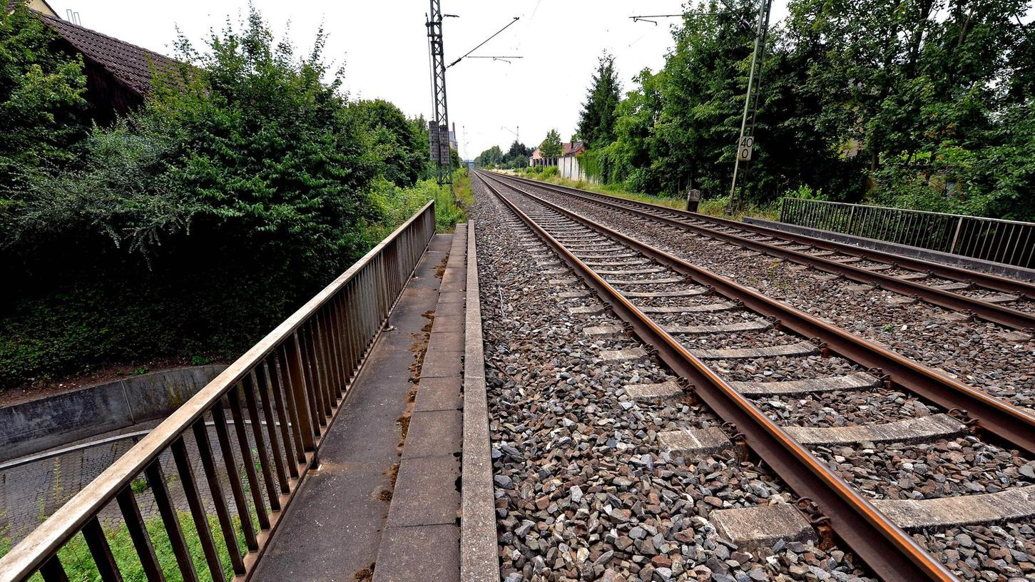 Bei der Dietrich-Bonhoeffer-Unterführung soll der neue S-Bahn–Halt Forchheim-Nord entstehen.