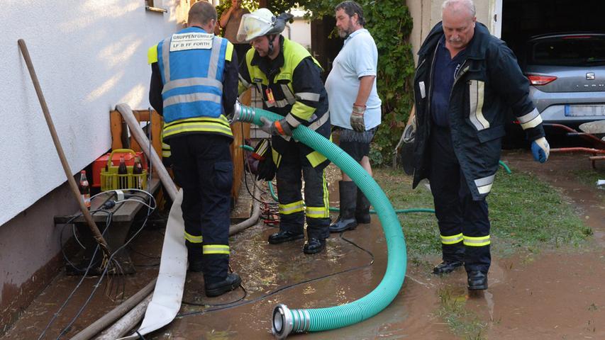 ...und das Wasser drang in die Häuser ein.