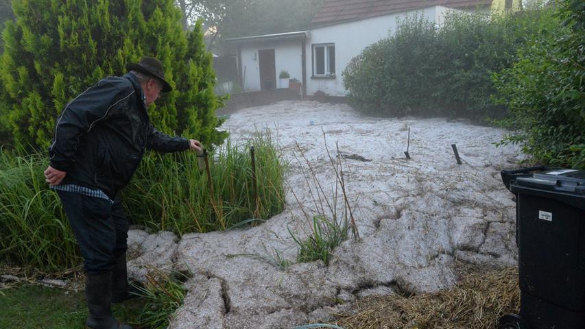 Zahlreiche Gärten wurden verwüstet...