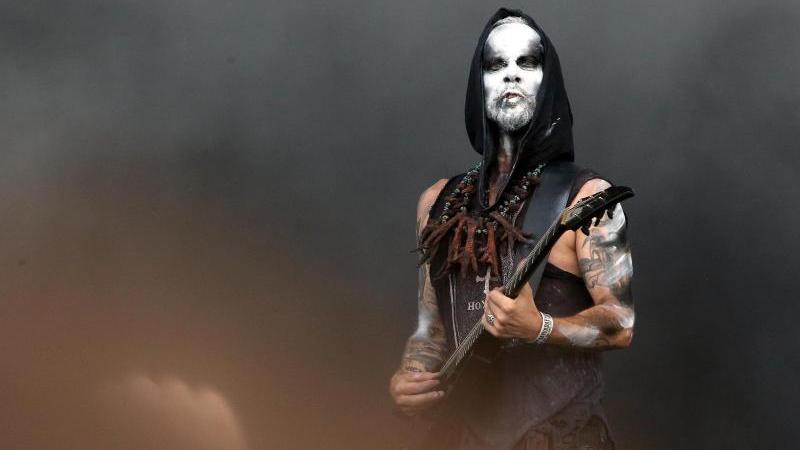 Die polnische Metal-Band Behemoth existiert seit 1991 und bringt 2019 das Zeppelinfeld zum Beben.