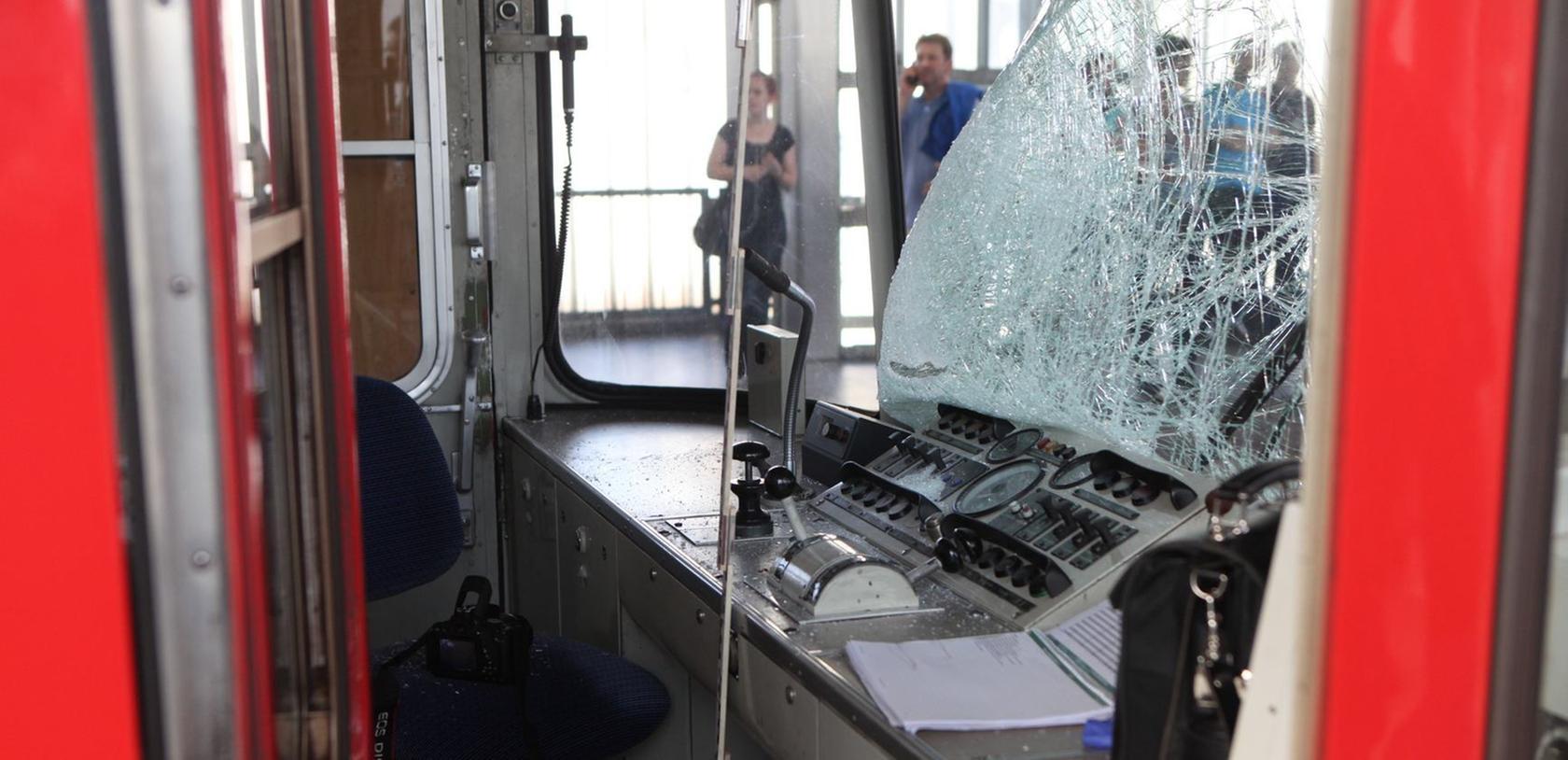 Die Fahrerin dieser U-Bahn wurde glücklicherweise nur leicht verletzt.