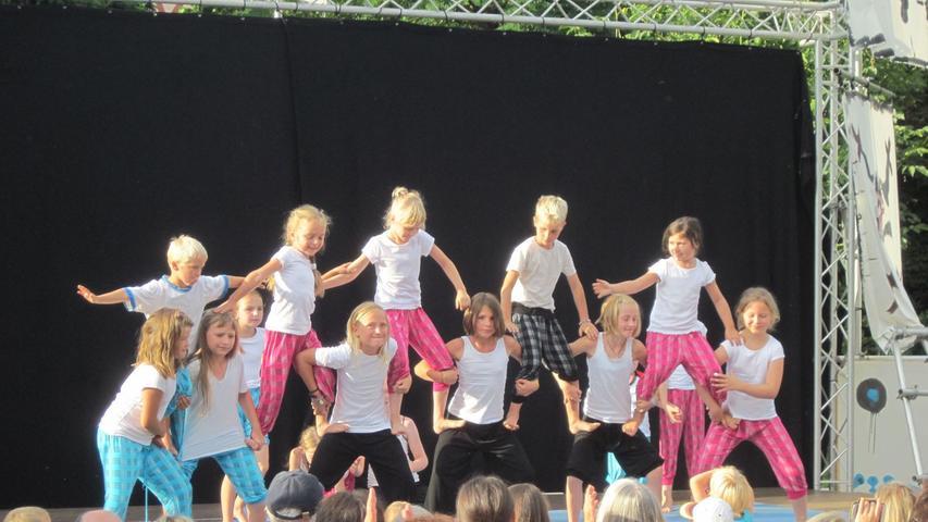 Kunterbuntes Kinder-Kunst-Festival in Regelsbach