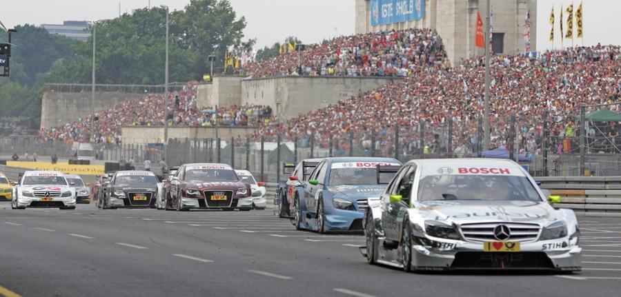 Im Vorjahr musste der Höhepunkt der Deutschen Tourenwagen-Meisterschaft (DTM) ersatzlos gestrichen werden, in diesem Jahr lebt die Hoffnung noch bei den Motorsportfans. Der geplante Termin im Juli musste nun zwar abgesagt werden, im September soll das Nürnberger Norisringrennen aber nachgeholt werden - mit Zuschauern.