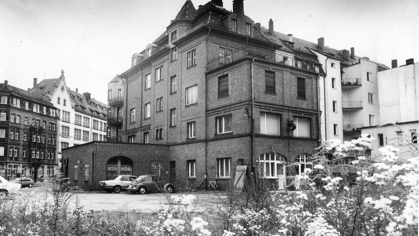 Neue Öko-Träume in der alten Linde: Das Modellprojekt wurde Ende 1987 eröffnet. Der Backsteinbau steht unter Denkmalschutz.