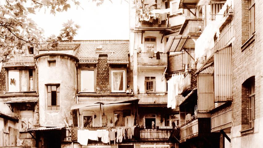 Die Hinterhöfe des Stadtteils waren schon immer Welten für sich.
