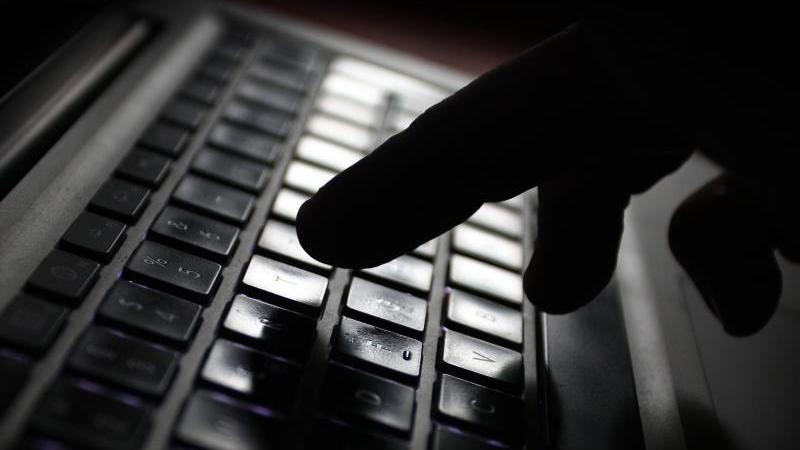 Die Untiefen des Internets nutzen viele, um vermeintlich anonyme Straftaten zu begehen.