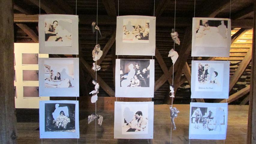 Ausstellungsrundgang im KunstRaum Weißenohe Michaela Schwarzmann (Eggolsheim)  Foto: Rolf Riedel Datum: 05092014