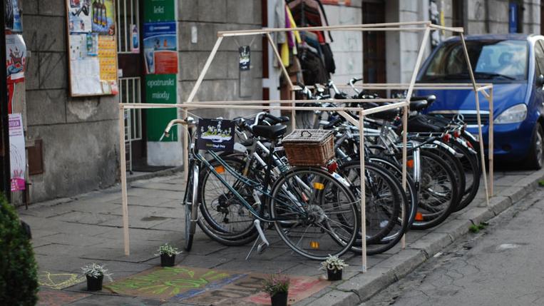 Am 19. September werden einige Parklücken in zwei Nürnberger Straßen sicherlich nicht von Autos genutzt. Die Bürger sind dazu aufgerufen, Stellplätze für Autos kreativ zu nutzen.