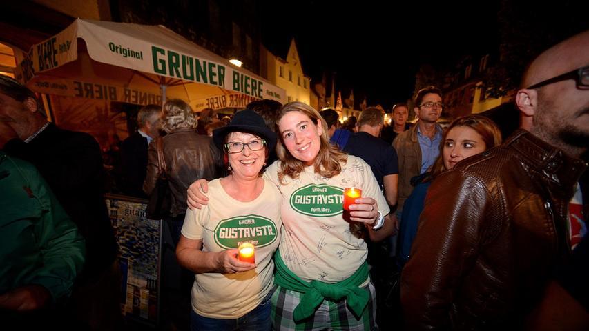 FOTO: Hans-Joachim winckler DATUM: 19.9.2014..MOTIV: Grafflmarkt am Abend  Kerzenlicht und Schweigeminuten