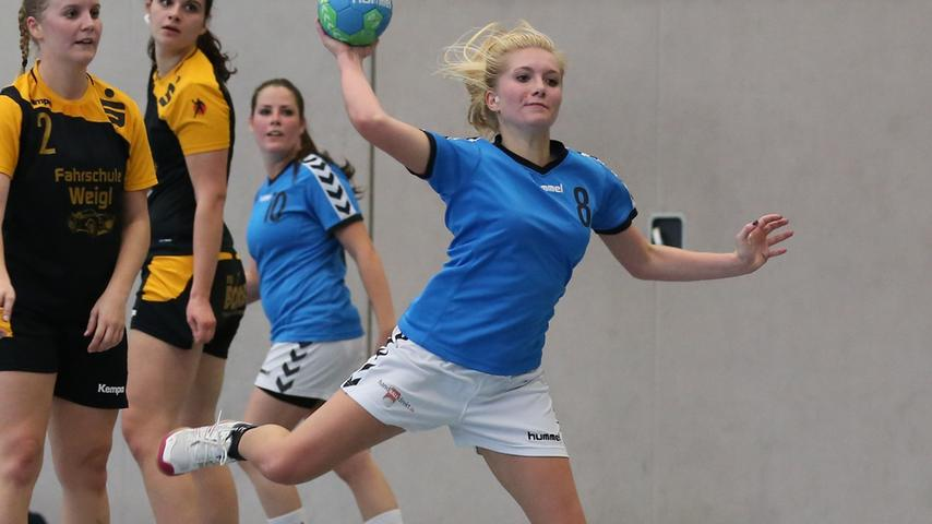 Tabellenspitze gefestigt: Steiner Handballerinnen schlagen Flügelrad