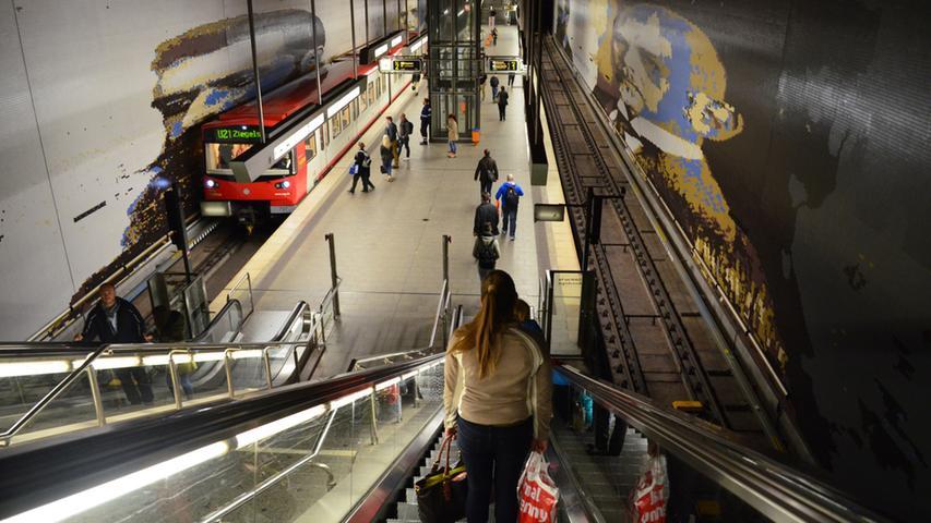 Nuernberg, 10.10.2014....Blick auf U-Bahnstation Rathenauplatz (Linien U2 und  U3) für Sonderseite im Lokalen über Entwicklung der Nürnberger  U-Bahnhöfe....Ressort: Anzeiger Lokales Foto: Alexander Pfaehler..