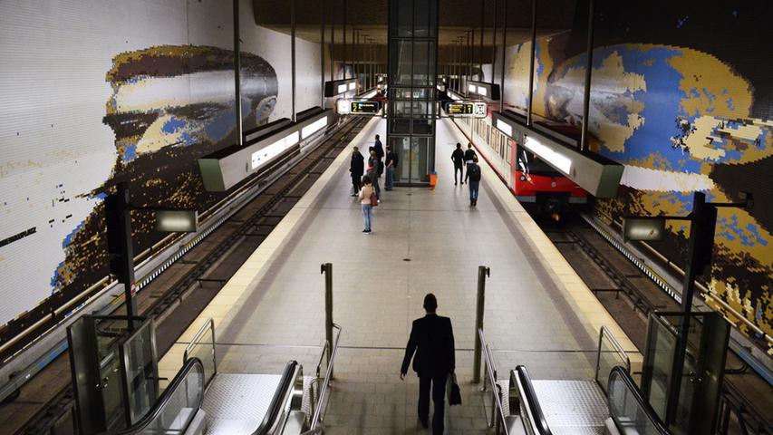 Nuernberg, 10.10.2014....Blick in die U-Bahnstation Rathenauplatz (U2/U3) für  Sonderseite im Lokalen über Entwicklung der Nürnberger U-Bahnhöfe....Ressort:  Anzeiger Lokales Foto: Alexander Pfaehler..