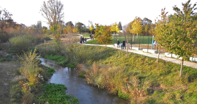 Besonders bei sonnigem Wetter sieht man viele Familien und Spaziergänger im Erba-Park - überfüllt ist er trotzdem nicht.