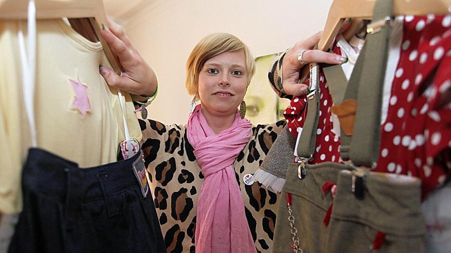 Modedesignerin Sarah Heike mag es bunt und frech.