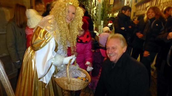 Rauschgoldengel lässt grüßen: der Neustädter Weihnachtsmarkt