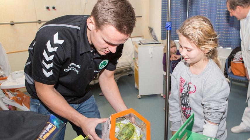 Bescherung in Fürth: Kleeblatt bringt Kinder zum Strahlen