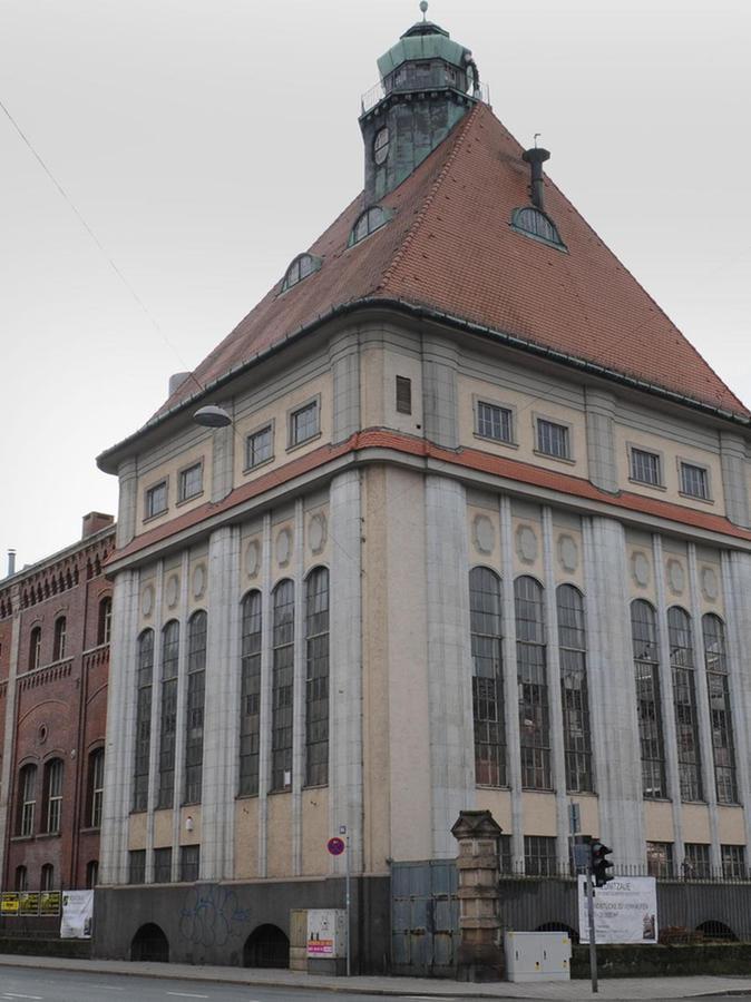 In das historische Sudhaus aus dem Jahr 1911 — hier eine Aufnahme der Rückfassade — soll Gastronomie einziehen. Ein Betreiber wird noch gesucht.
